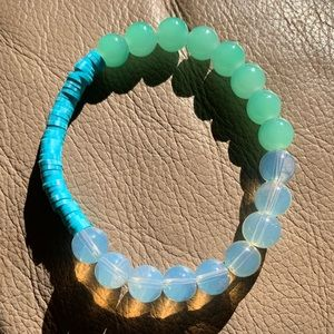 Handmade Green and White Bracelet with Clay Discs